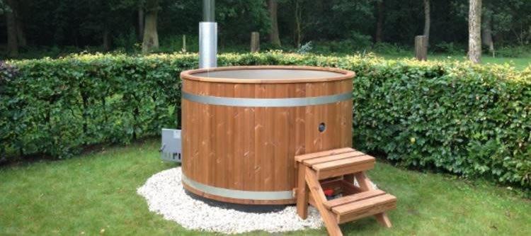 Installazione idromassaggio da giardino