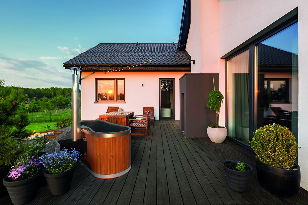giardino giapponese con vasca ofuro